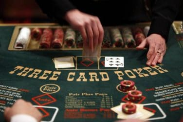 3-Card-Poker-game